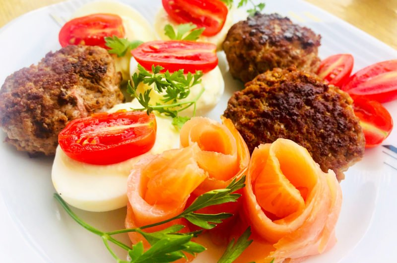 Mutton burgers with Greek Devilled eggs and smoked salmon – Keto empowerment plate